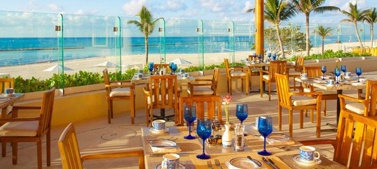 Restaurant Azul du Grand Velas Riviera Maya au Mexique